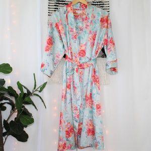 Cabernet Floral Robe W/Pockets Size Medium